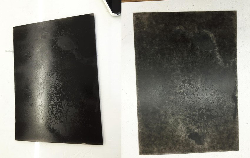 The plate with Envirostrip (left), the plate dried (right)